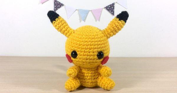 patron ,modele en francais du petit amigurumi pikachu ...