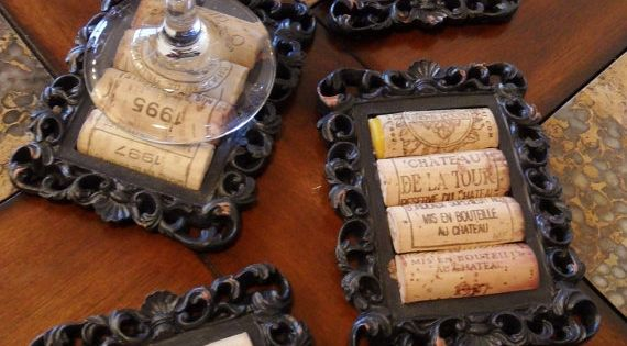 DIY coasters made from wine corks and old picture frames. Tutorial here