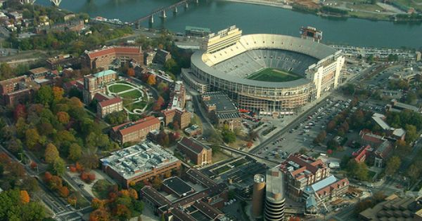 Beautiful Pic Of The Campus University Of Tennessee Neyland