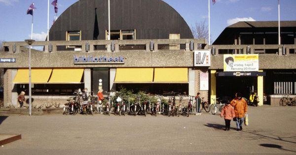 In 1977 is cultureel centrum de meervaart op het osdorpplein gebouwd op 18 oktober van dat jaar - Keukenplan op de eetkamer geopend ...