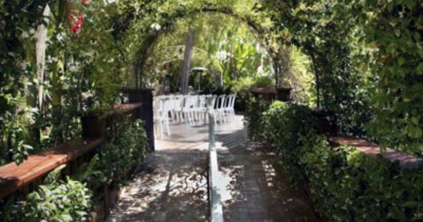 Rancho De Las Palmas Moorpark Ventura County Wedding Venue Garden Weddings In Southern California 93021