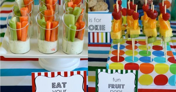 Love the fruit kabobs for T. Healthy kids party food