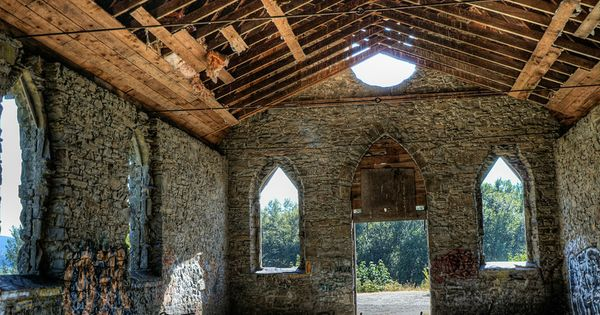 Old Stone Butter Church Cowichan Valley Churches In Bc