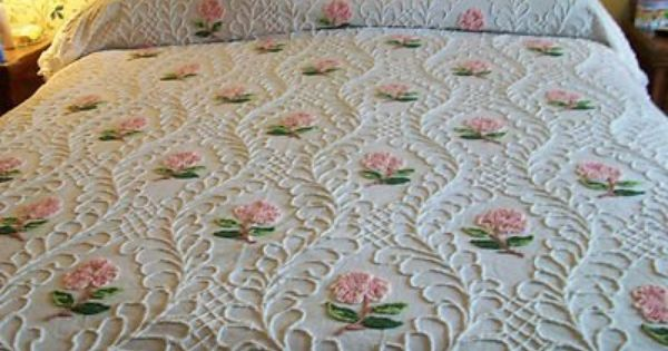 VINTAGE CABIN CRAFT NEEDLETUFF FLOWERS CHENILLE BEDSPREAD. 17 Best ideas about Chenille Bedspread on Pinterest   Vintage toys
