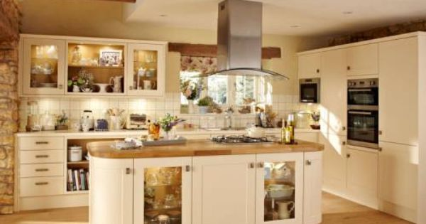 Burford Cream Burford Kitchen Families Kitchen Collection Howdens Joinery Home