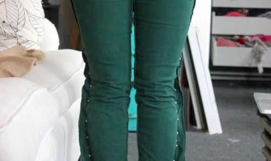 DIY Skinny Jeans From Flared Jeans, Step by Step Instructions (with pictures)