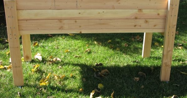 Living Green Planters Portable Elevated Planter Box For Strawberries And Tomatoes Garden