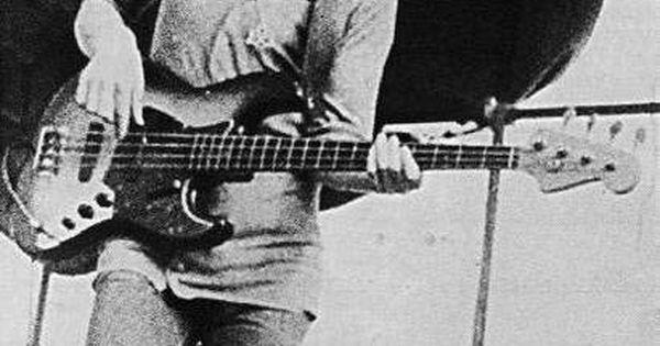 Fuck Yeah Led Zeppelin Led Zeppelin Pinterest Sydney Showground Fender Jazz Bass And