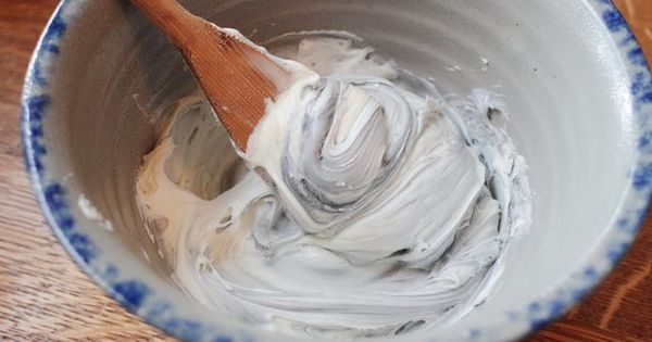 how to make silver buttercream
