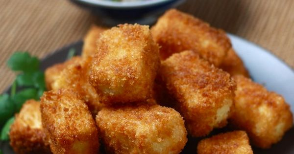 Fried tofu recipe with sesame soy dipping sauce