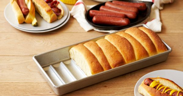 Hot dog pan by American Pan? Yes please.