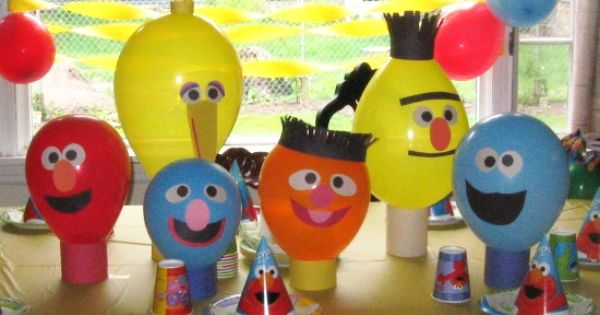 DIY Sesame Street Balloon Party