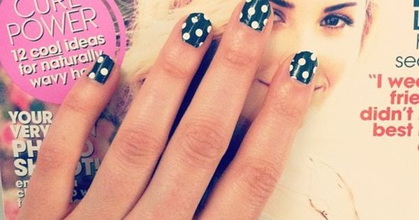 #polkadot nails
