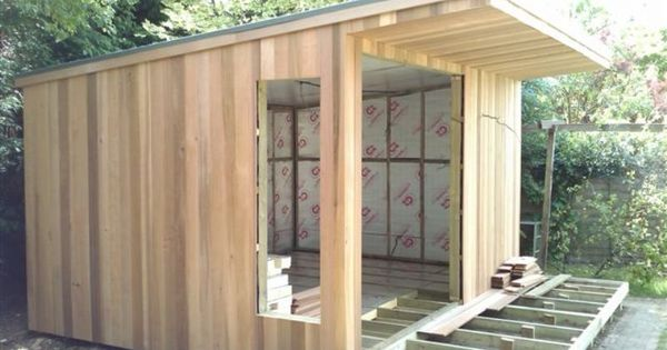 Breathing technology oeco garden rooms gardens for Timber garden rooms