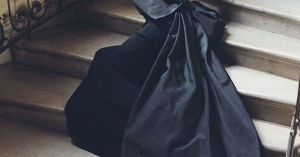 :: Ralph Lauren :: black bow gown ...in white??