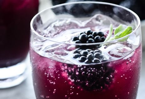 blackberry sage cooler (sub: club soda and mint).