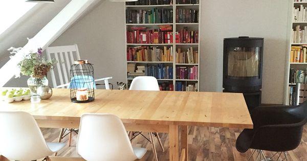 wohnzimmer mit ikea norden esstisch eames chairs skantherm kaminofen ikea billy b cherregal. Black Bedroom Furniture Sets. Home Design Ideas