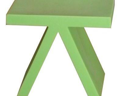 Toy Beistelltisch Slide Grun Mit Bildern Couchtisch Beistelltisch Couchtisch Massivholz
