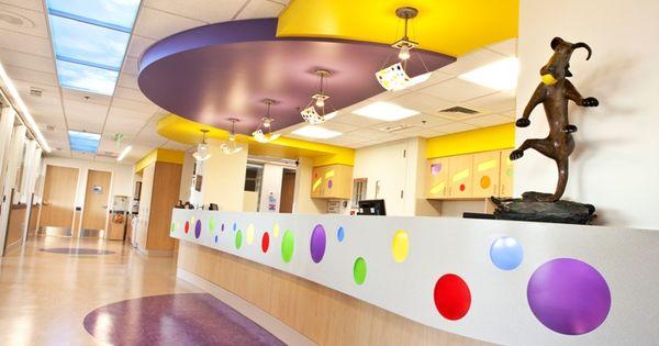 Wilbur D May Pediatric Intensive Care Unit Nurses Station Renown Children S Hospital