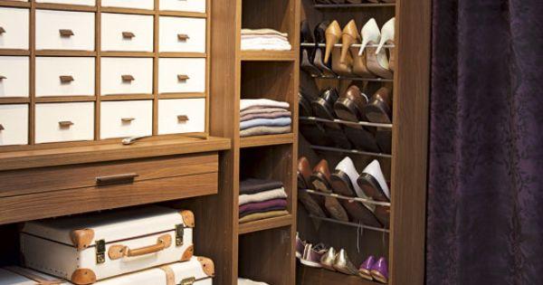 Colourful bedroom ideas 10 of the best storage closets for Armario zapatero gran capacidad