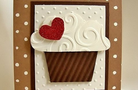 Send Happy Birthday wishes with this cute cupcake card. The base is
