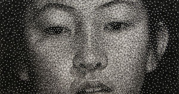 """Mana"", a portrait made with a single sewing thread wrapped through nails"