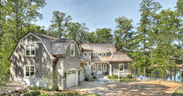 Charming shingle style cottage on south carolina 39 s lake for Cottage style homes greenville sc