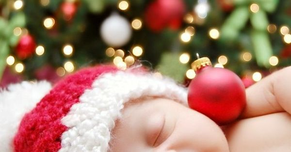 Newborn Christmas picture idea