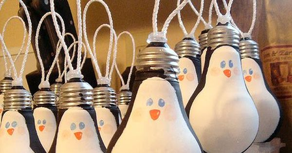 Easy DIY Christmas Ornament Ideas - Penguin Lightbulbs - Click Pic for