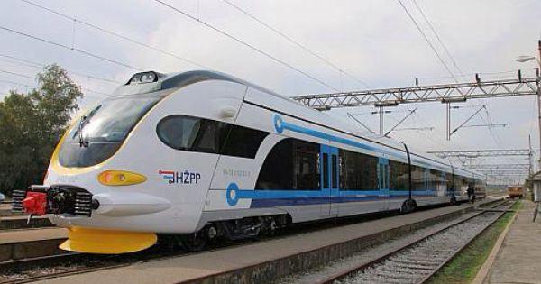 New Croatian Built Suburban Trains Enter Service Around Zagreb