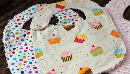 DIY- Baby Bib tutorial super easy to make! (Great gift idea!) make