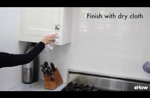 Easy to make homemade kitchen cabinet cleaner kitchen for Easy to clean kitchen cabinets