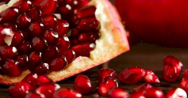 كيف أجفف قشر الرمان Pomegranate How To Eat Food Lime Nutrition