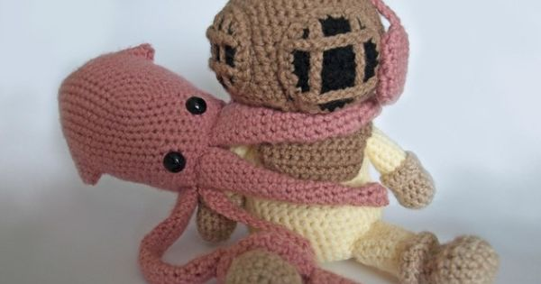 Hammerhead Shark Amigurumi : Deep Sea Diver & Squid patterns. Knitters out there: I ...