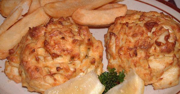 Baltimore Has Thee Best Jumbo Lump Crab Cakes Crab Cakes G M Crab Cakes Baltimore Crab Cakes
