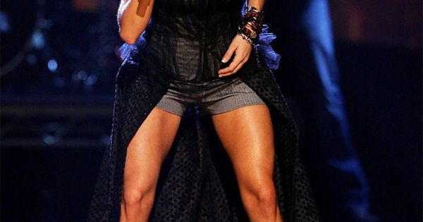 Legs. Another reason why I need to start running again. CarrieUnderwood