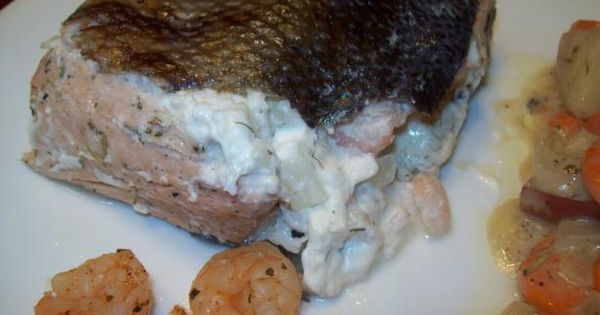 Salmon fillet with shrimp and crab stuffing recipe for Stuffed fish with crab meat