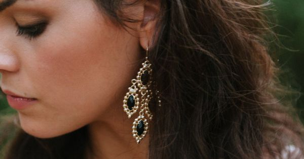 Statement earrings for the bride