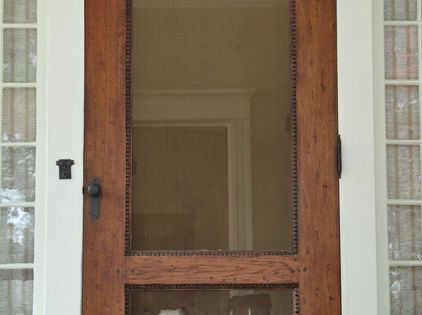 I LOVE old doors, especially old screen doors!