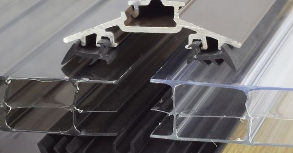 Timber supported glazing bars for polycarbonate google for Old world traditions faux beams