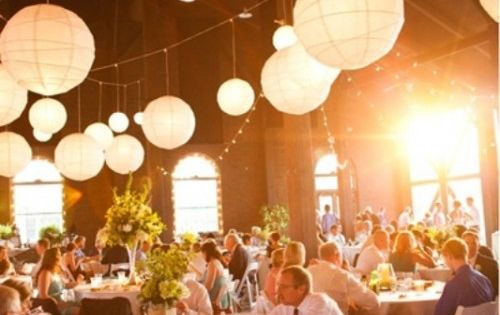 30 romantic and whimsical wedding lightning ideas and for Lampen zur scheune