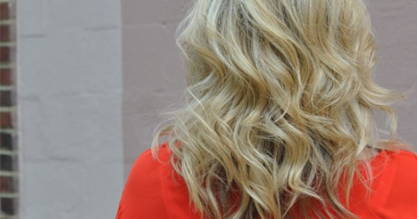 The Small Things Blog: Lightly Curled Hair Tutorial - Like this soft