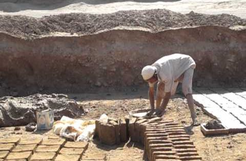 How to make mud bricks youtube unusual info for Mud brick kit homes
