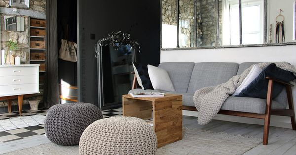 un salon scandinave minimaliste et chaleureux le canap. Black Bedroom Furniture Sets. Home Design Ideas
