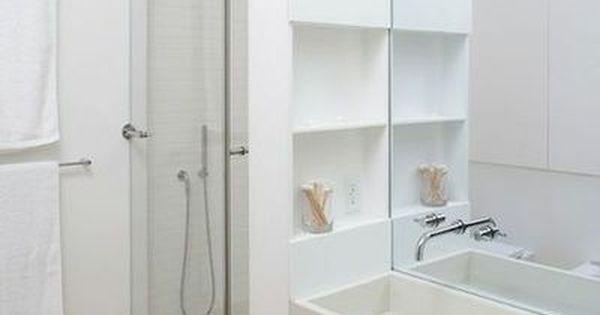 Gain de place petite salle de bain sur pinterest lieux for Amenagement salle de bain gain de place