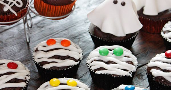 Low-Fat Chocolate Mummy Cupcakes | Cupcake ideas, So cute and ...