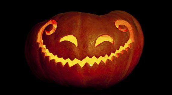 halloween k rbis so l sst sich das dekorative schwergewicht schnitzen und versch nern k rbis. Black Bedroom Furniture Sets. Home Design Ideas