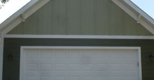 Board And Batten In The Gables Hardie Siding Garage James Hardie Siding