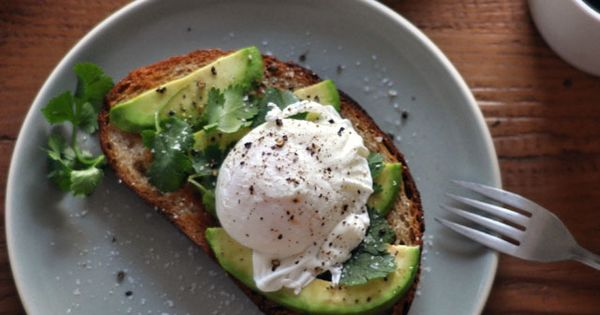 Avocado Toast with Poached Egg by turntablekitchen Avocado Egg Toasts turntablekitchen Fom