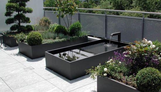 Belle et moderne fontaine de jardin en noir fontaine cascade pinterest jardins belle et - Fontaine jardin moderne tourcoing ...